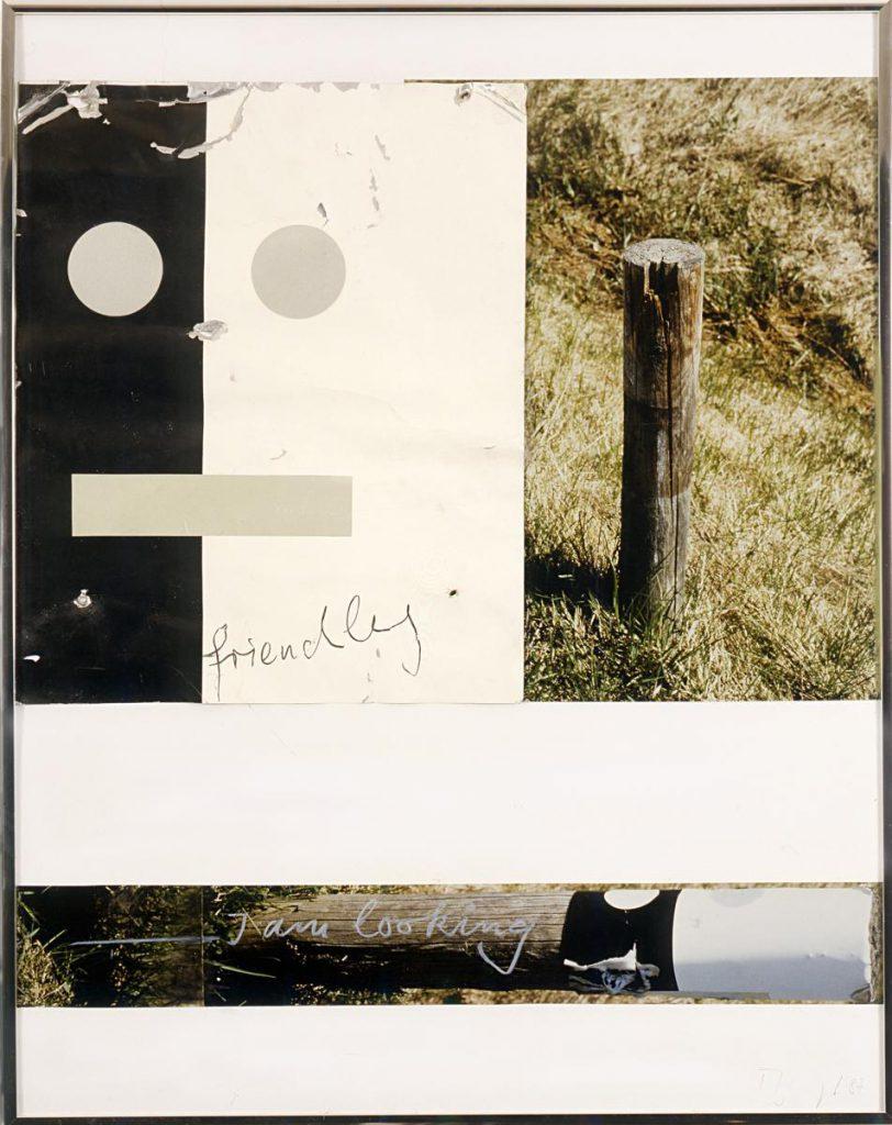 """""""I am looking 3"""", Assemblage, Blech von altem Grenzpfahl an einer Landstraße, Fotos, Buntstift, 70 x 55 cm, 1987"""