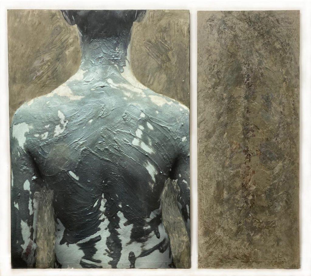 """""""Le Baigneur"""", linker Teil: Foto (Cibachrom und Fangoerde im Hintergrund), rechter Teil Fangoerde, Wachs, Farbe auf Leinwand auf Holz, 165 x 185 cm, 1991/92"""